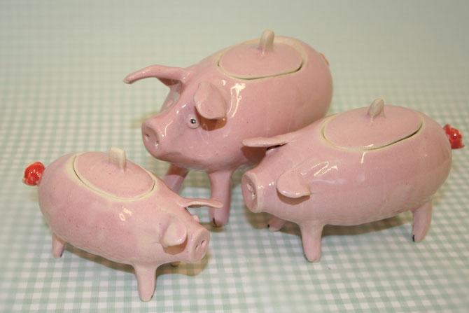 Schweinchen mit Deckel ca Lang 7-10 cm Höhe ca. 7-10 cm 14,50 € inkl. 19% MwSt. zzgl. Versand