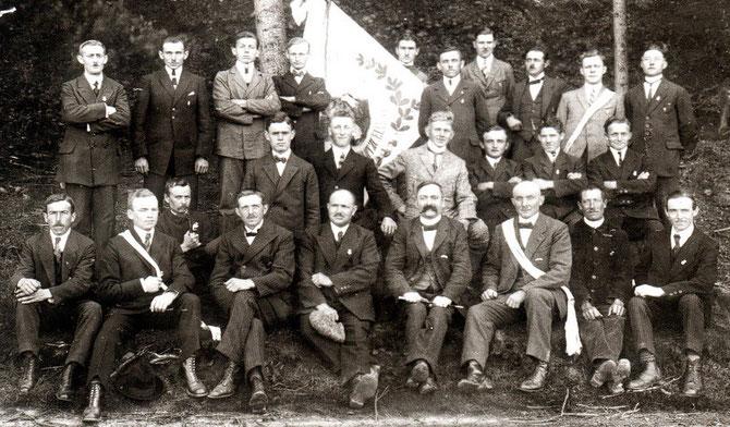 Bundesvorsitzender Heinrich-Karl Staffel (vordere Reihe, 3. von rechts)