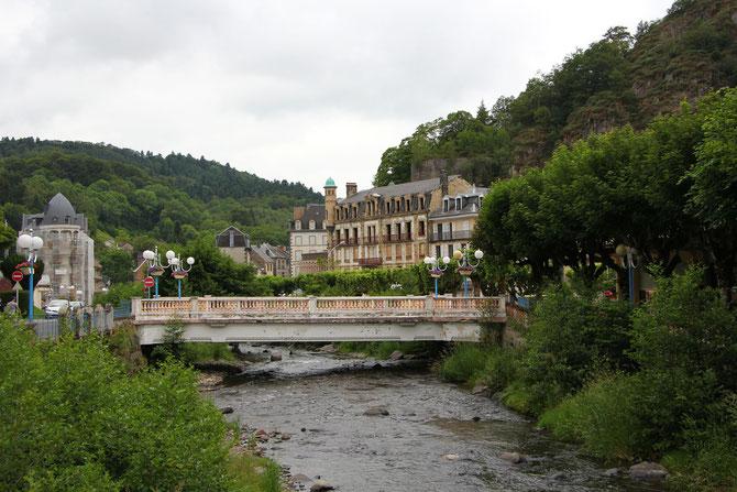 Pont au-dessus de la Dordogne