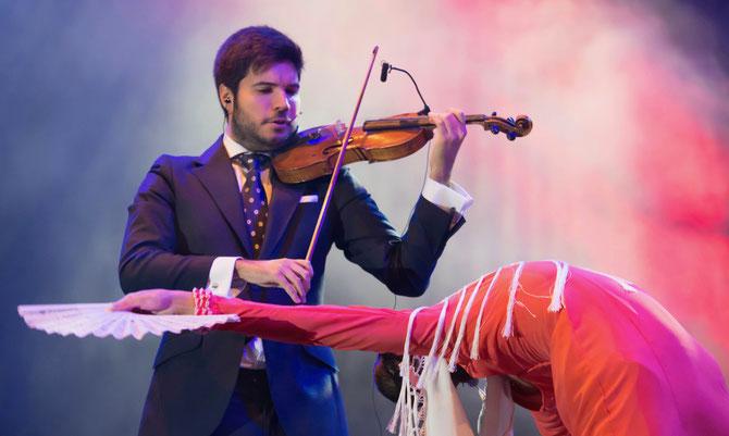 paco Montalvo, violin, corazón, flamenco, baile,, foto, arte, disco,