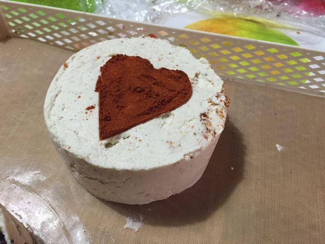 Formaggio raw-vegan al peperoncino