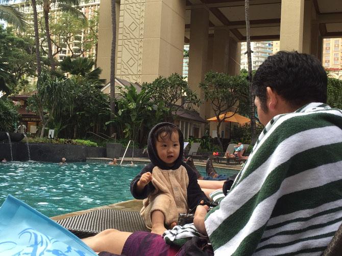 ハワイ 子連れ ホテル プール