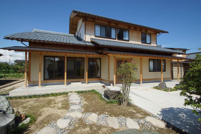 木津の家(二世帯三世代同居の家)