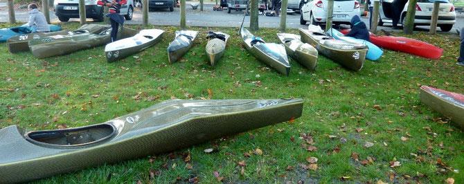 Kayaks et canoës de compétition