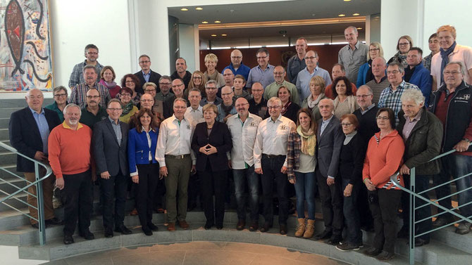 Die VOR-TOUR der Hoffnung-Helfer und -Kümmerer mit Frau Bundeskanzlerin Merkel Foto: Erwin R.