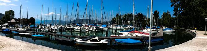 Pause an der Marina in Seewalchen am Attersee