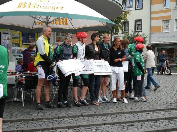 Scheckübergabe 2010 in Kastellaun/Hunsrück