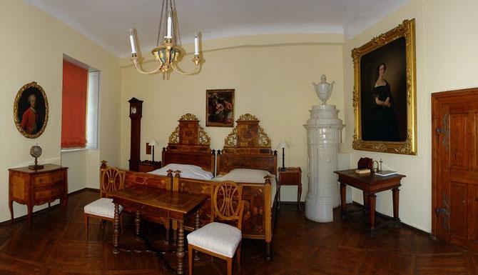 Übernachtung auf Burg Clam in historischen Zimmern