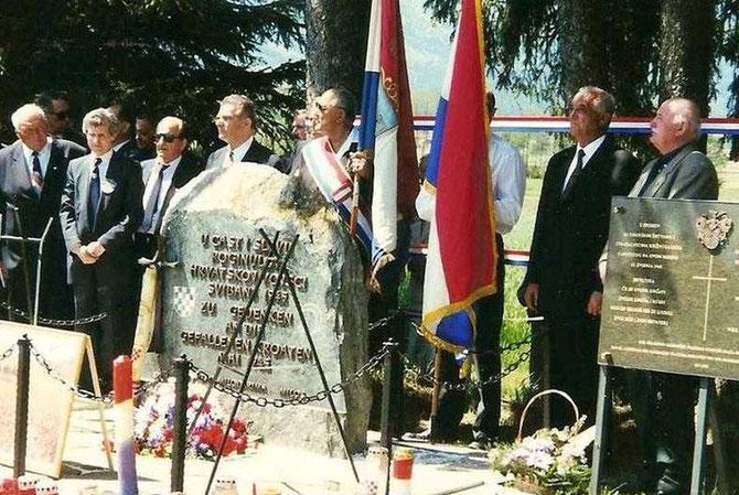 PBV kod originalnog spomenika  prije nego je Bože Vukušić započeo prekrajanje povijesti na Bleiburgu