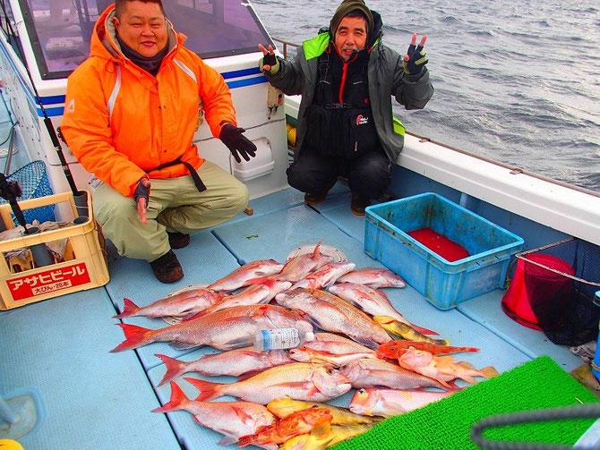 2015.2.07 マダイ47cm~75cm14枚、アマダイ1枚他根魚7匹の釣果でした。
