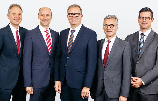 Diese fünf Herren sparen bei der Quittung. Die Mitglieder der Geschäftsleitung der Berner Kantonalbank.