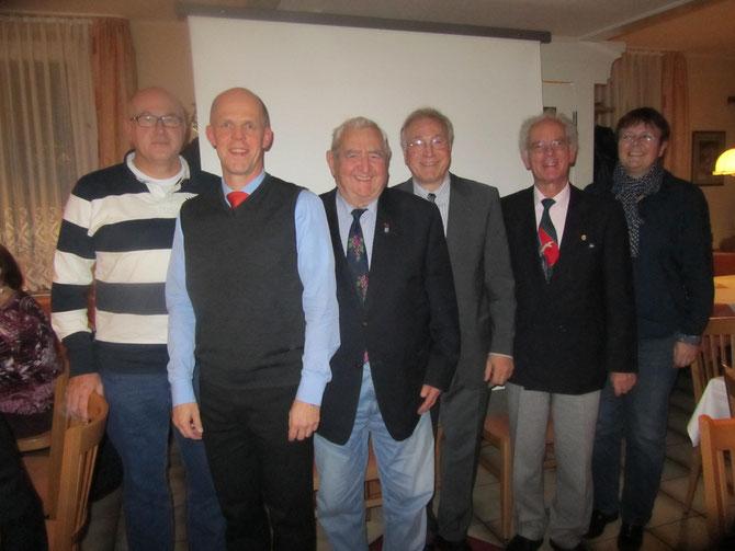Der gewählte Vorstand mit Otto Seiler (v.l. Uwe Kreis, Jörg Erdmann, Otto Seiler, Gerd Leutner, Günther Weber, Elke Richter-Kreis)