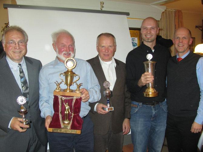 Ehrung der Clubmeister 2013 (v.l. Gerd Leutner, Hubert Gilliard, Dr. Hilmar Wilhelm, Clemens Gilliard, Jörg Erdmann)