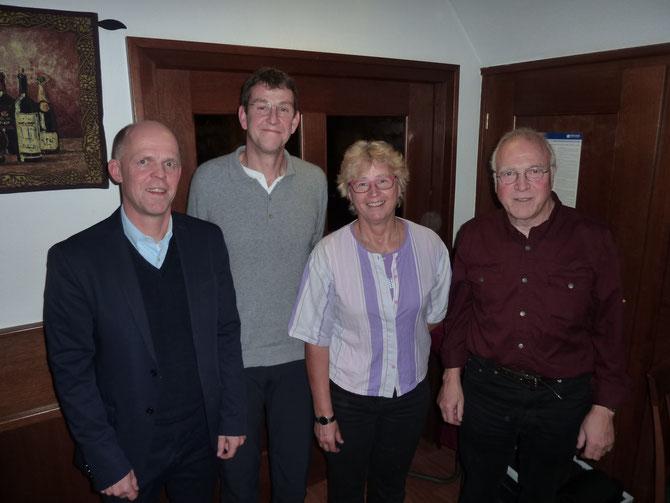 Der gewählte Vorstand (Leutner, Martin, Werner, Erdmann, v.r.) ohne den abwesenden Schatzwart Weber