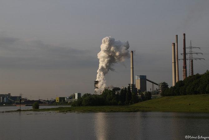 Industrie beim Alsumer Berg in Duisburg