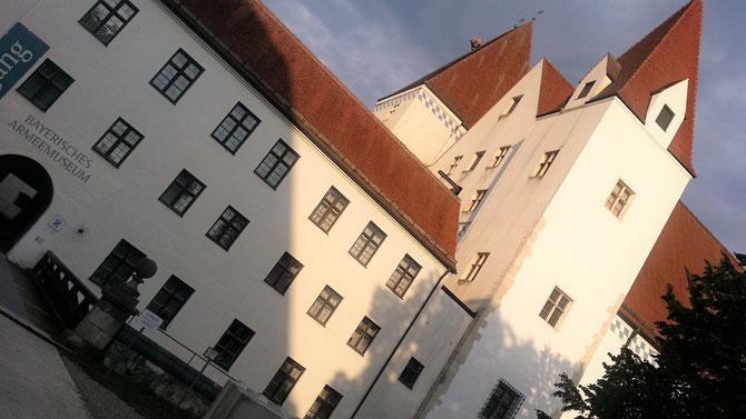 Neues Schloss Ingolstadt, Zugang zum Innenhof
