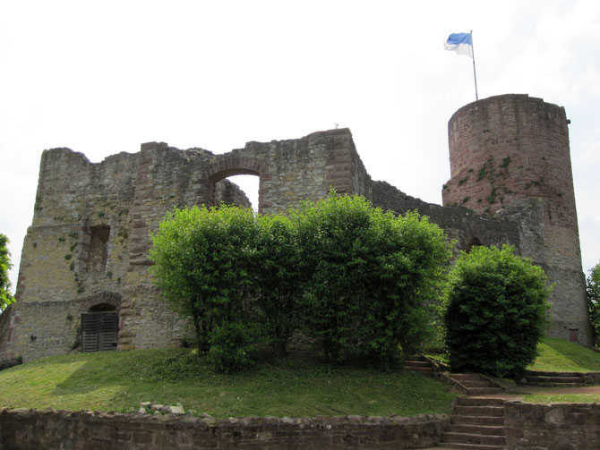 Burg Polle, Hauptburg und Bergfried