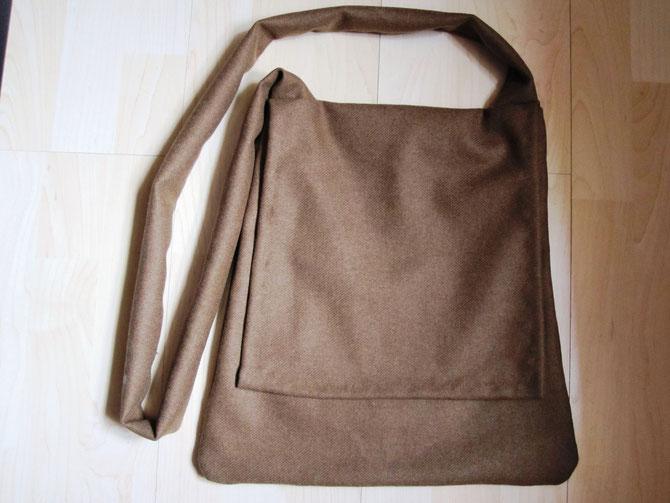 Umhängetasche/Pilgertasche, Wollstoff