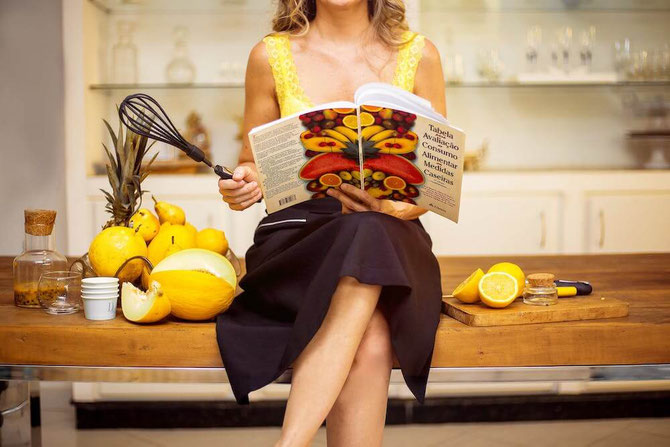 Looking for healthy cookbooks for healthy gift ideas? These healthy cookbooks for beginners are full of healthy recipes! #healthycookbook #cookbook #nutrition #healthygift #foodgifts #recipes #healthyrecipes #healthycooking #vegetarian #plantbased
