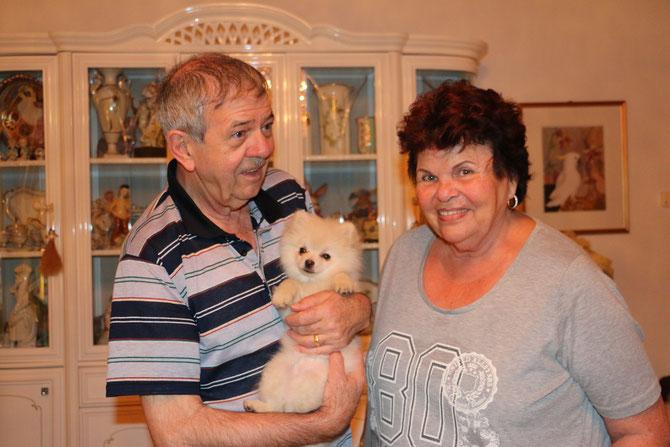 6.12.2014 Amy Bärli ist bei Irma und Raymond in Reinach eingezogen