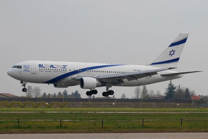 4X-EAA B767-258 22972/62 El Al Israel Airlines