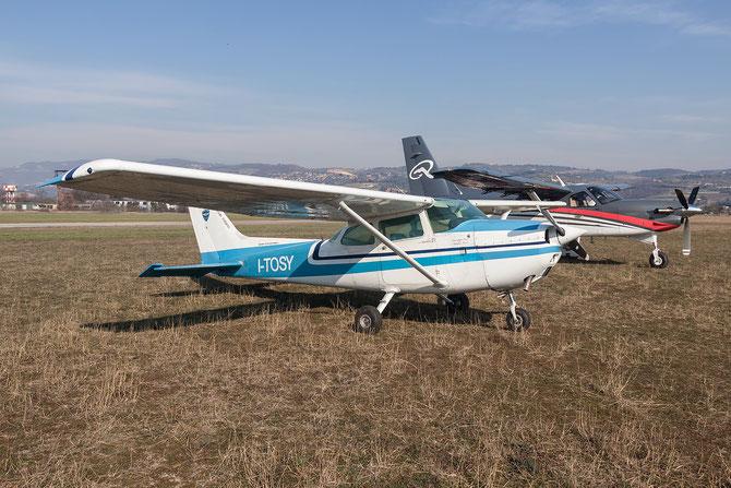 I-TOSY - Cessna 172M Skyhawk II @ Aeroporto Verona Boscomantico © Piti Spotter Club Verona