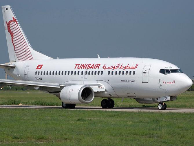 TS-IOI B737-5H3 27257/2583 Tunis Air @ Aeroporto di Verona © Piti Spotter Club Verona