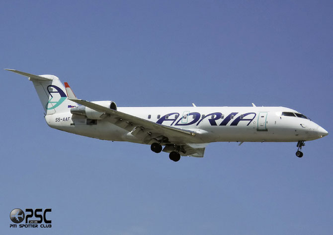 S5-AAF CRJ200LR 7272 Adria Airways