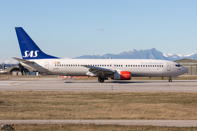 LN-RPR B737-883 30468/668 SAS Scandinavian Airlines - Scandinavian Airlines System @ Aeroporto di Verona © Piti Spotter Club Verona
