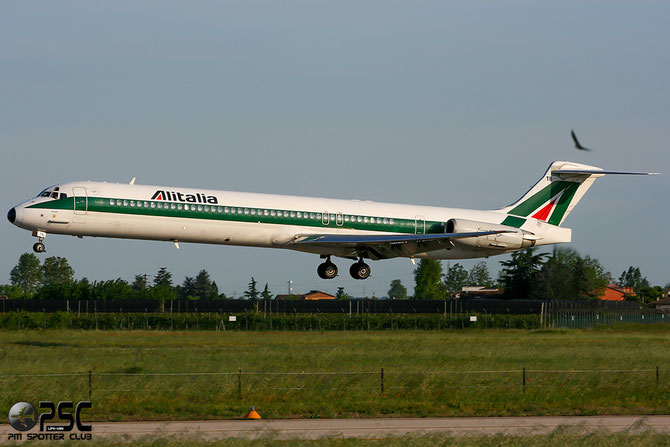 I-DATB MD-82 53221/2079 Alitalia