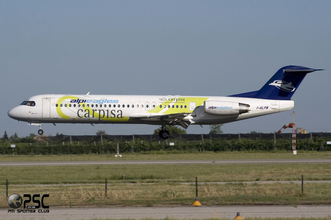 I-ALPW Fokker 100 11255 Alpi Eagles