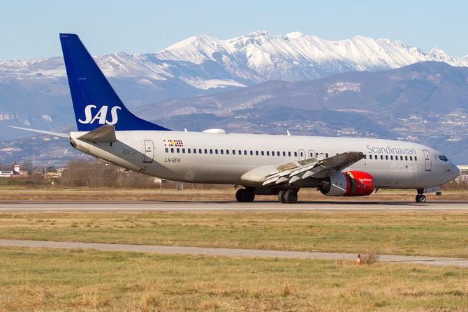 LN-RPO B737-883 30467/634 SAS Scandinavian Airlines - Scandinavian Airlines System @ Aeroporto di Verona © Piti Spotter Club Verona