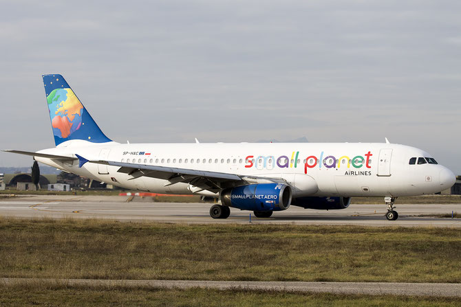 SP-HAC A320-233 739 Small Planet Airlines Poland @ Aeroporto di Verona © Piti Spotter Club Verona