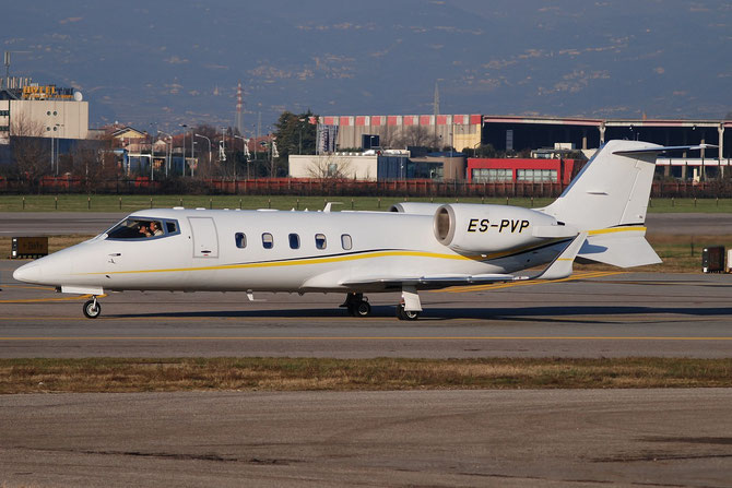 ES-PVP Learjet 60 60-302 Avies Air Co.