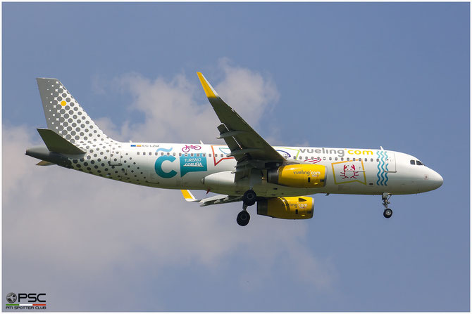 EC-LZM A320-232 5877 Vueling Airlines @ Aeroporto di Verona © Piti Spotter Club Verona