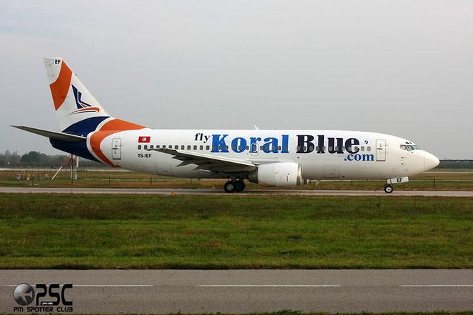 TS-IEF B737-3Q8 26309/2674 Koral Blue