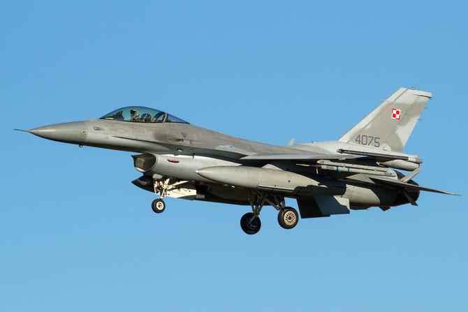 4075  F-16C-52CF JC-36 32.BLT (10.elt