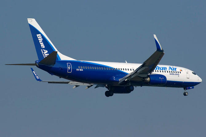 YR-BIA B737-8AS 29925/588 Blue Air