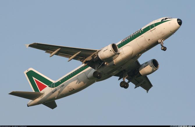 I-BIKI A320-214 1138 Alitalia @ Aeroporto di Verona © Piti Spotter Club Verona