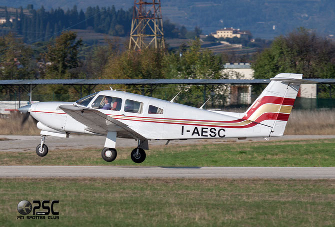 I-AESC - Piper PA-28R Arrow / RT Turbo Arrow