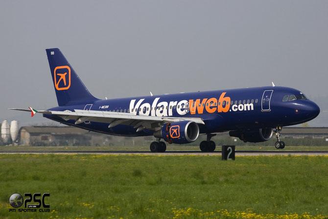 I-WEBB A320-214 3161 Volare Airlines @ Aeroporto di Verona © Piti Spotter Club Verona