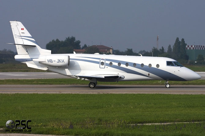 HB-JKH G200 18 Nomad Aviation AG