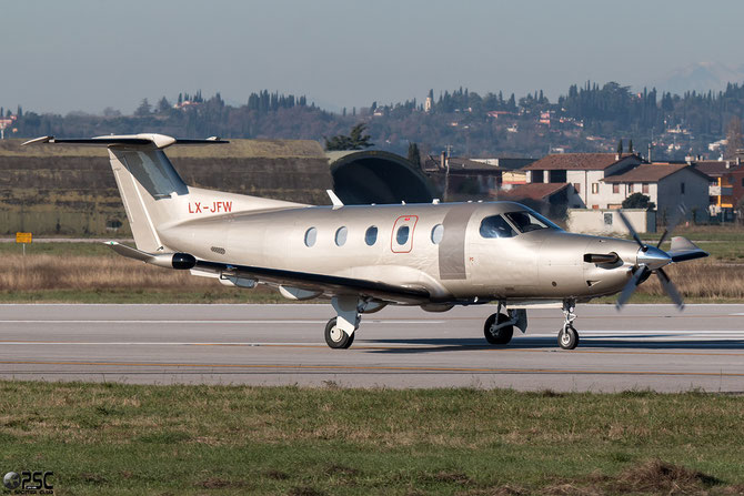 LX-JFW PC-12/47E 1473 Jetfly Aviation @ Aeroporto di Verona © Piti Spotter Club Verona