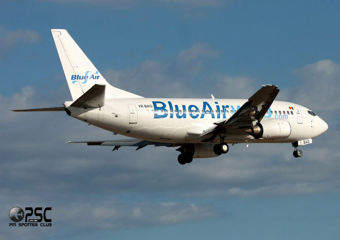 YR-BAG B737-5L9 24778/1816 Blue Air