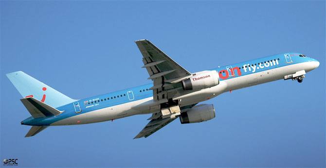 Boeing 757 - MSN 28836 - G-BYAY  @ Aeroporto di Verona © Piti Spotter Club Verona