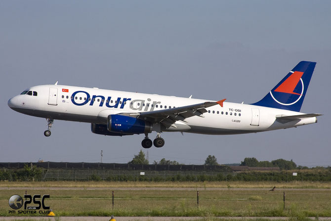 TC-OBI A320-233 1509 Onur Air