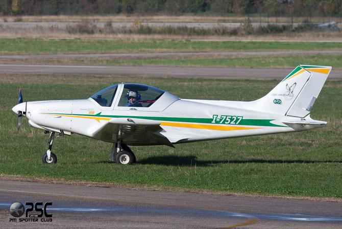 I-7527 - Pioneer 300 Hawk