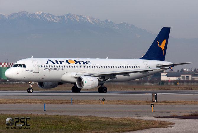 EI-DSR A320-216 3502 Air One