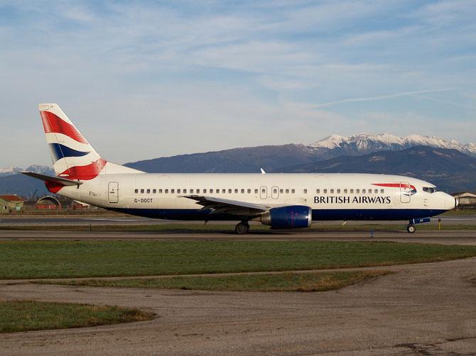 Boeing 737 - MSN 25853 - G-DOCT @ Aeroporto di Verona © Piti Spotter Club Verona
