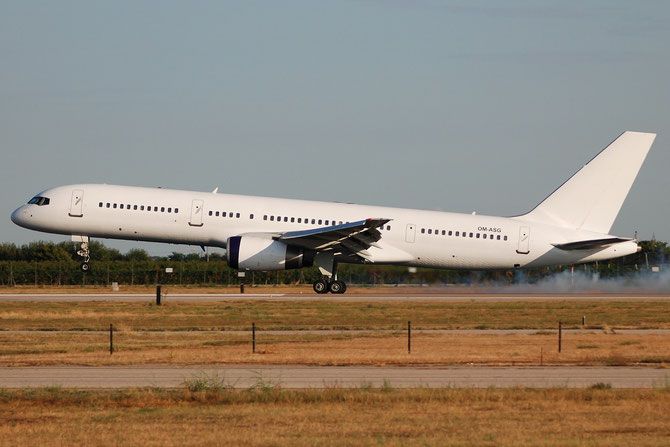 OM-ASG B757-28A 24544/280 Air Slovakia
